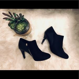 Black Booties!!😉✨🖤🖤🖤